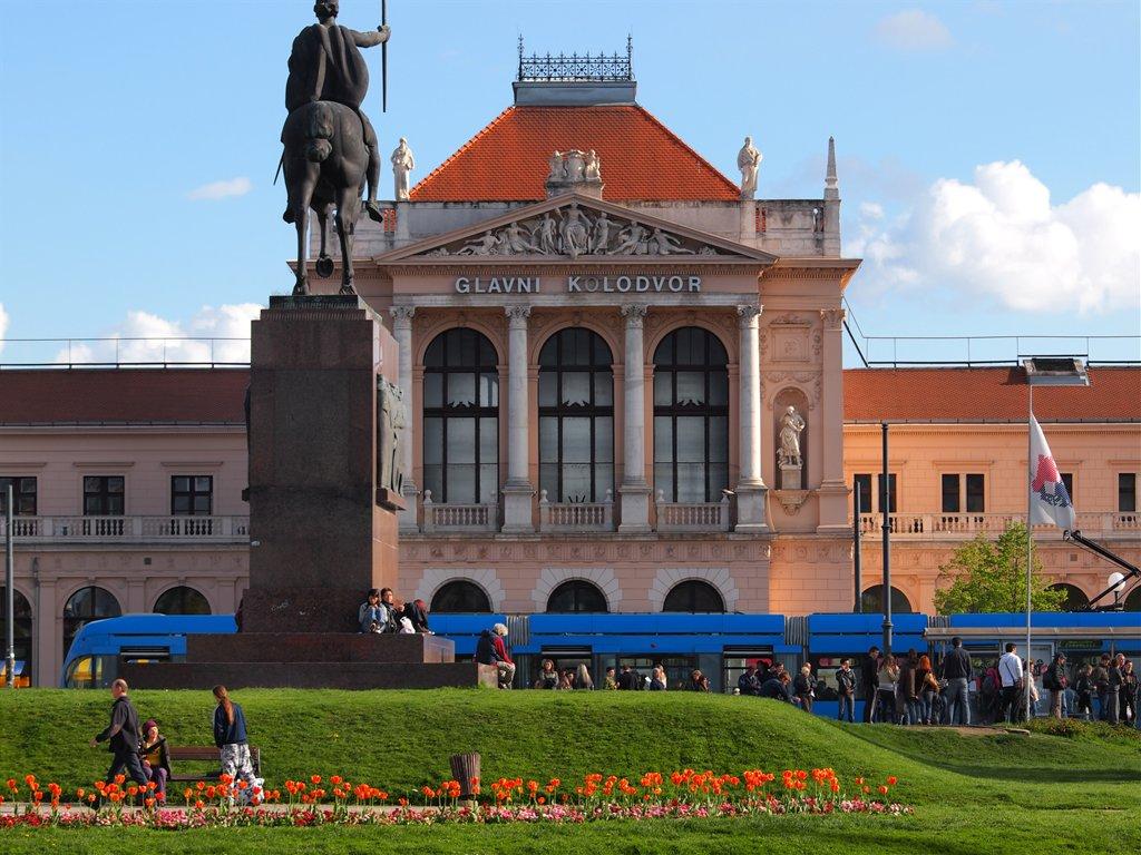 Povijesne I Kulturne Atrakcije Zagreba I Okolice